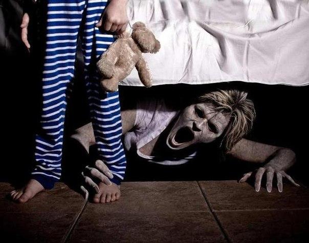 Страшные истории про призраков Под диваном